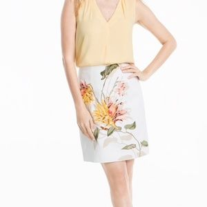 EMBROIDERED FLORAL PENCIL SKIRT